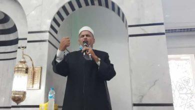 صورة مدير اوقاف الرمل بالاسكندرية يفتتح مسجد الروضة الشريفة ويؤدى خطبة الجمعة.