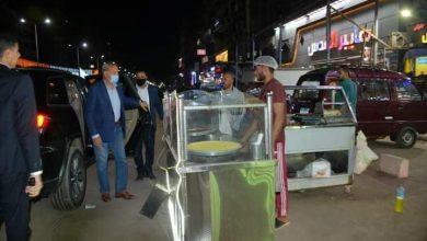 صورة محافظ القليوبية يقوم بجولة ليلية مفاجئة لإزالة الإشغالات ومتابعة أعمال النظافة لمدينتى بنها وشبرا الخيمة