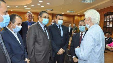 صورة رئيس جامعة كفر الشيخ .. يتفقد الامتحان التأهيلى للدكتوراة بكلية التربية الرياضية.