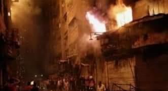 صورة حريق هائل بمحال وأكشاك محطة مصر في الإسكندرية.